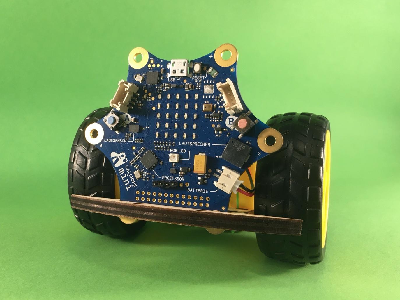 Der kleine Callibot. Eine Roboterplattform für den Calliope Mini.